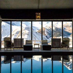 rooms-hotel-kazbegi-indoor-pool-mountain-view-M-01-r